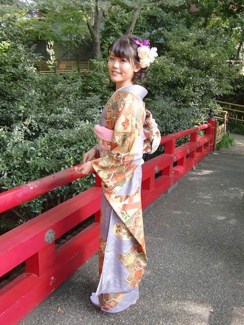 花嫁様〜和装から洋装へのお色直し。
